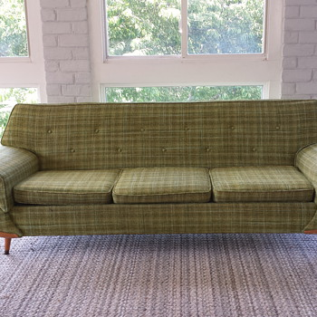 Unknown manufacturer of this MCM sofa - Mid-Century Modern