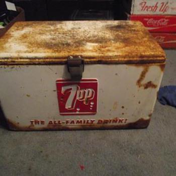 Vintage 7-up cooler  - Advertising