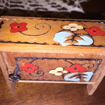 Hand Painted Doll House Wooden Furniture - Dolls