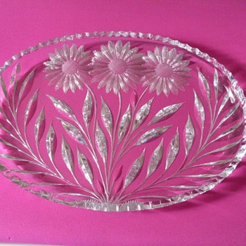 MAKER ON CUT GLASS DISH OR PATTERN? - Glassware