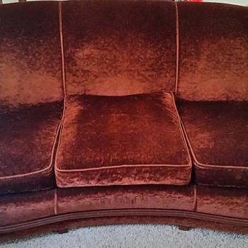 My grandma's sofa and chair set . - Furniture