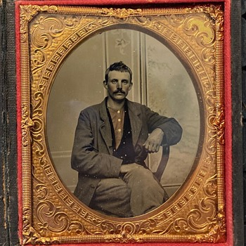Civil War soldier tintype - Military and Wartime