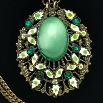 "Antique Victorian Filigree Pendant Necklace Enameled Leaves 28"" - Fine Jewelry"