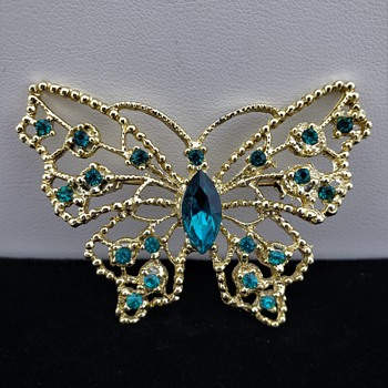 Rhinestone Butterfly Pin Brooch by Dodds - Costume Jewelry