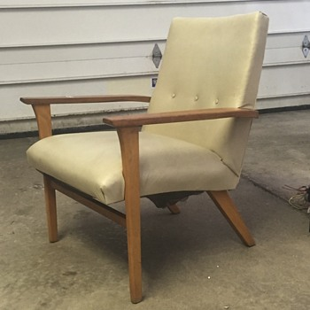 Unknown Mid Century Chair. Please help!!!