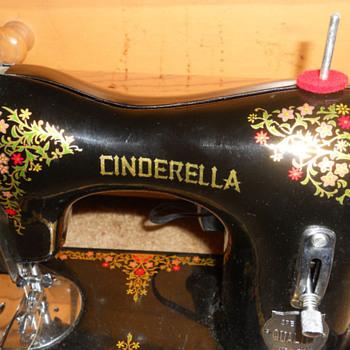 CINDERELLA SEWING MACHINE - Sewing