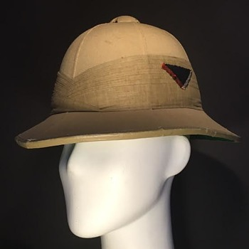 WWII Seaforth Highlanders Wolseley Sun Helmet
