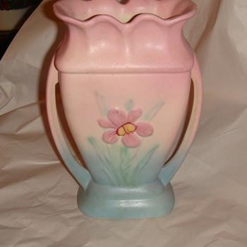 Vase -Hull-  - Pottery