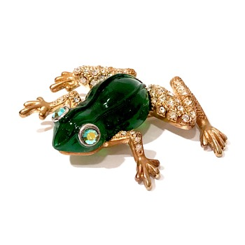 Vintage poured glass and rhinestone frog brooch - Costume Jewelry