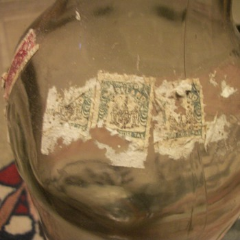 Old Liqour Bottle With Maryland Liquor Excise Tax Stamps - Bottles