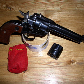 Ruger Single Six - Military and Wartime