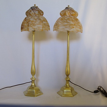 Shiny Brass, Mottled Glass, Vintage Class! - Lamps