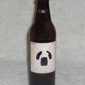 1952 - Mason's Root Beer Bottle - Bottles