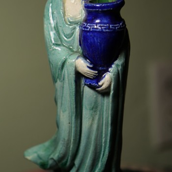 Early 20th century Shiwan Ware Guanyin with Urn