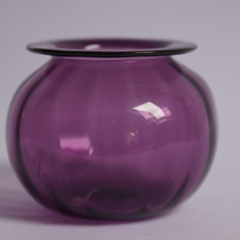 WhiteFriars Posy Vase - Art Glass