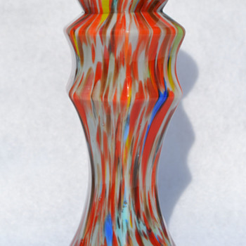unknown Deco era vase - Art Glass