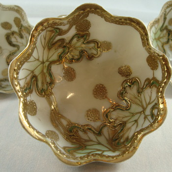 Nippon style individual nuts - China and Dinnerware