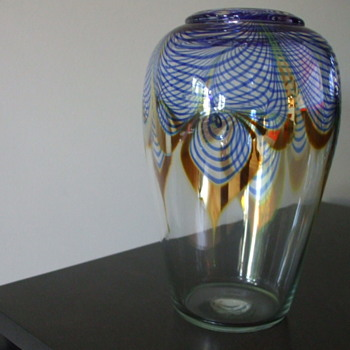 Signed CORREIA Pulled Feather Vase- Simple Elegance - Art Glass