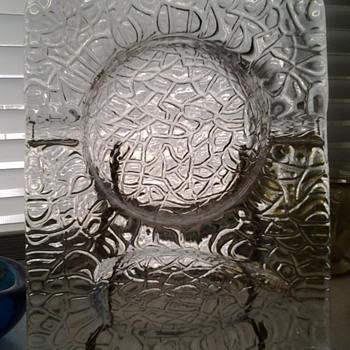 Thick glass pipe ashtray - Tobacciana