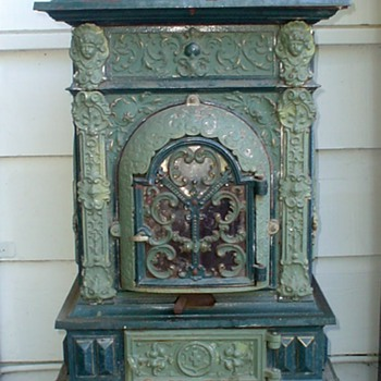 Cast Iron Parlor Stove - Musterschutz and DRGM markings - Kitchen