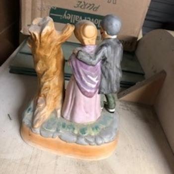 Musical Figurine - Figurines