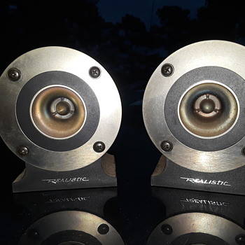 pair of REALISTIC SUPER TWEETERS - Electronics