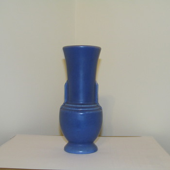 Help Id (Blue bolbuos pottery vase) - Pottery