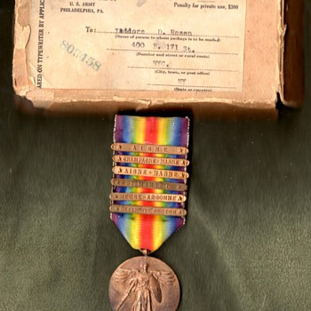 Six Clasp (Third Division) US Victory Medal with Mailing Box.   - Military and Wartime