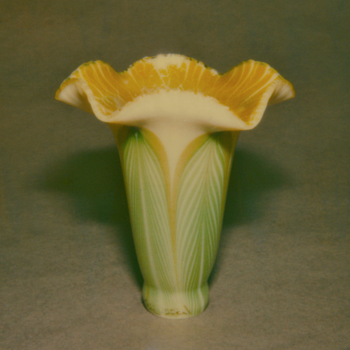 QUEZAL ART GLASS LILY SHADE - Art Glass