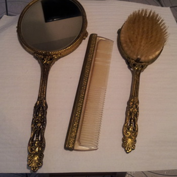 Mirror Comb and Brush