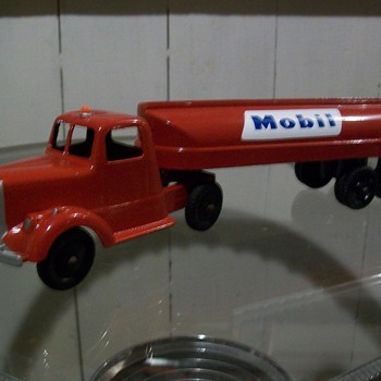 Tootsie toy Mobil tanker - Model Cars