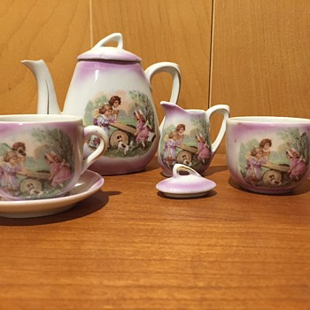 Child's porcelain Tea Set, unknown maker - China and Dinnerware