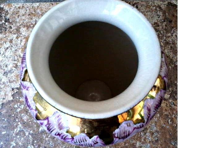 Beautiful Toyo Japanese Kutani Satsuma Labled 10 Vase Hand