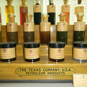 Vintage Texaco Product display