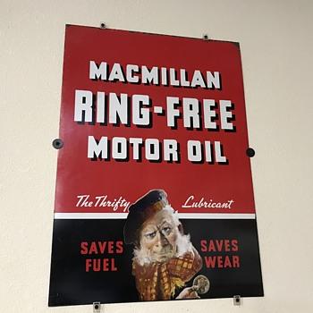 McMillan ring free motor oil sign  - Petroliana