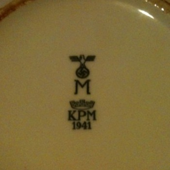 Nazi plate 1941 - Military and Wartime