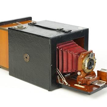 Bullard Folding Magazine Camera, Series B, c.1898 - Cameras