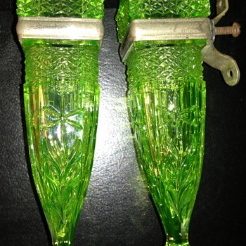 Depression Glass Car Bud Vases - Glassware