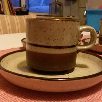 Glazed stoneware cup and saucer set - Pottery