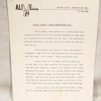 "ALICE COOPER ""ORIGINAL"" ALIVE ENTERPRISES HAND TYPED LOVE IT TO DEATH PROMO SHEET"