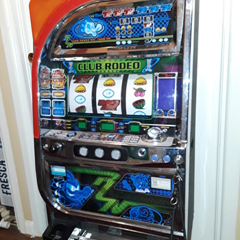 "CLUB RODEO model ""PACHISLO slot machine"" - Coin Operated"