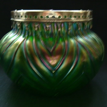 Art Nouveau Kralik Rose Bowl - Art Glass