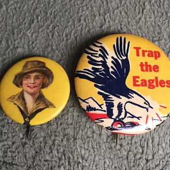 Vintage Unknown Type Pinbacks Buttons - Medals Pins and Badges