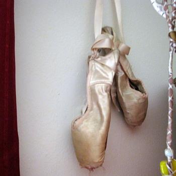 1960's Capezio Ballet Shoes