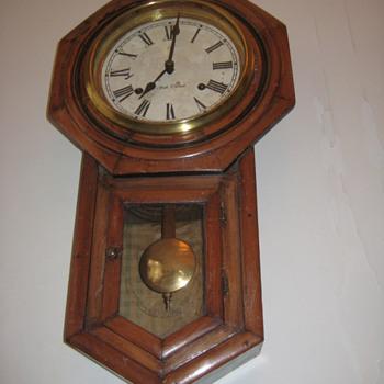 Antique Seth Thomas drop regulator clock ca.1885 - Clocks