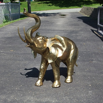 Brass elephants - Folk Art