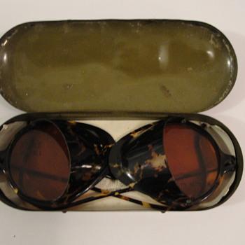 Wilson Goggles Tortoise Shell