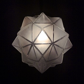 Star shaped glass ceiling pendant