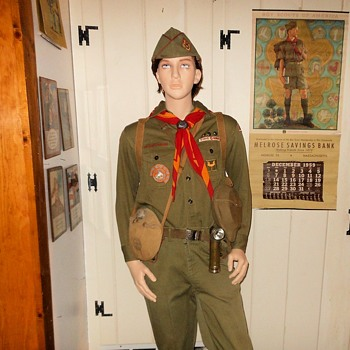 New Improved 1:1 Boy Scout Uniform Display Circa 1960s - Sporting Goods