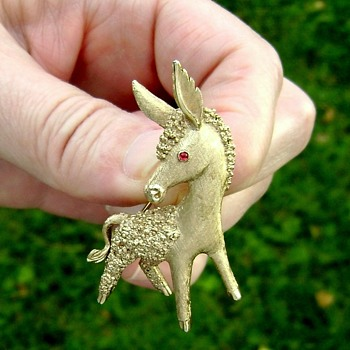 Trifari Donkey Brooch - Animals